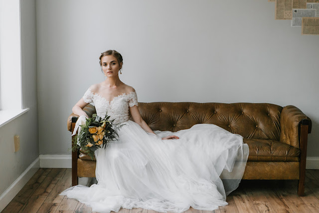 organic bouquet : yellow garden roses : wedding gown with cap sleeves : emily tebbetts photography