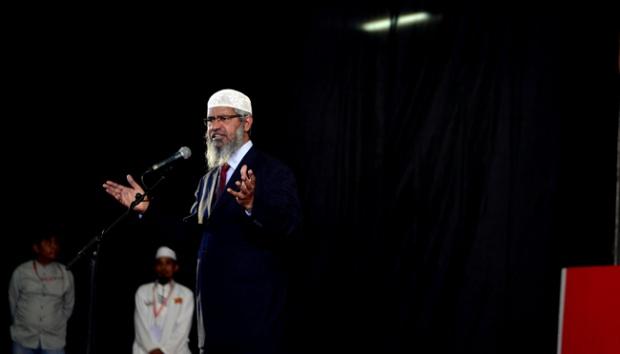 Zakir Naik: Ya, Islam Adalah Agama yang Intoleran