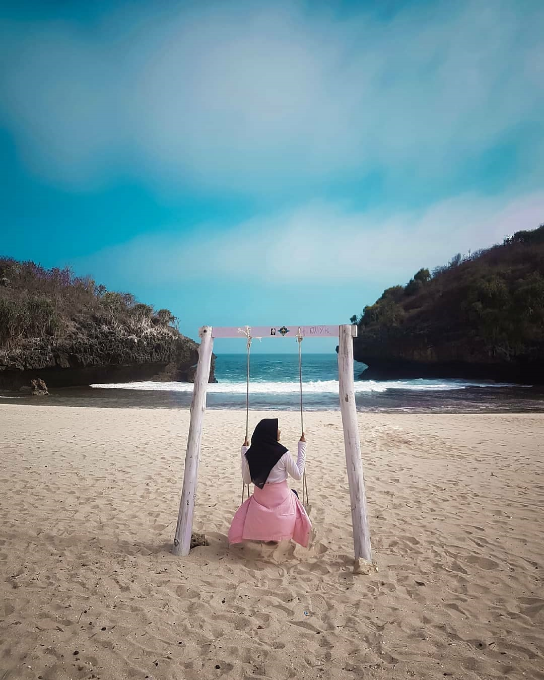 Misteri Pantai Sedahan