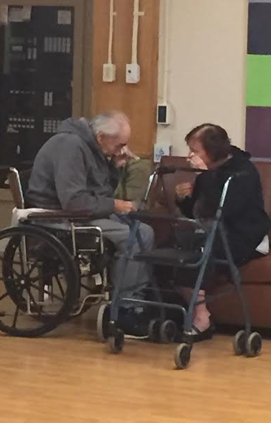 Heartbreaking photo of elderly Canadian forced to live apart after 62 years of marriage