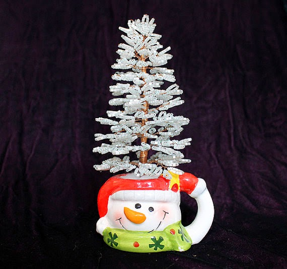 https://www.etsy.com/listing/51303841/fir-tree-christmas-tree-tutorial?ref=shop_home_feat_4