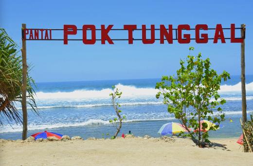 Wisata Pantai Pok Tunggal Jogja