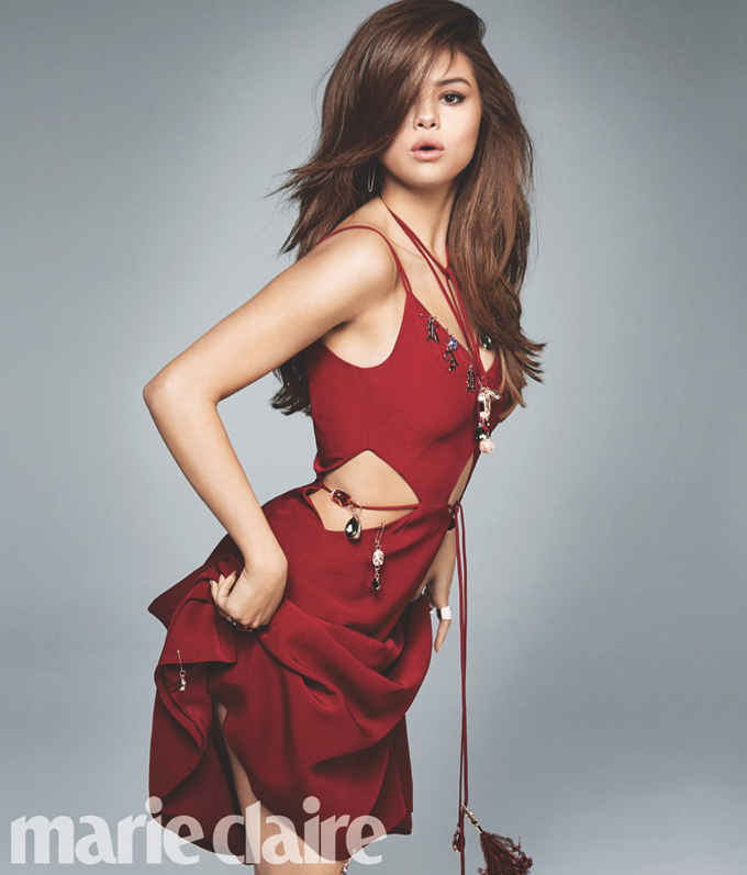 Selena Gomez is on the cover of Marie Claire - Photo Selena Gomez 2016