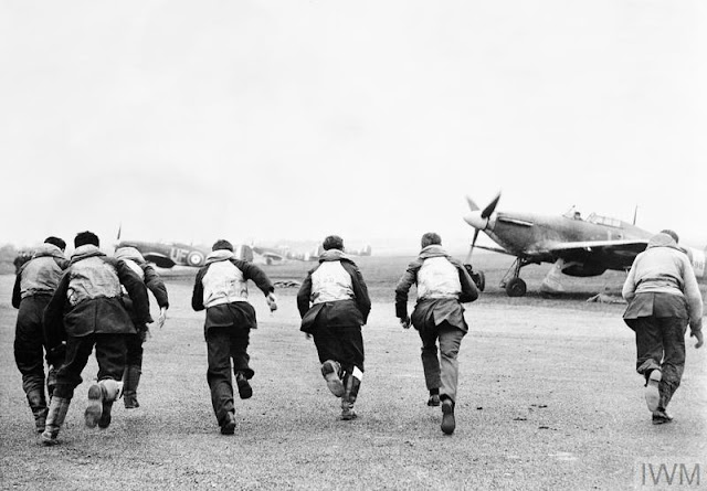 9 January 1941 worldwartwo.filminspector.com RAF No. 601 Squadron
