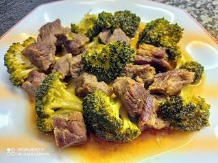 Ternera con brócoli, cocina china