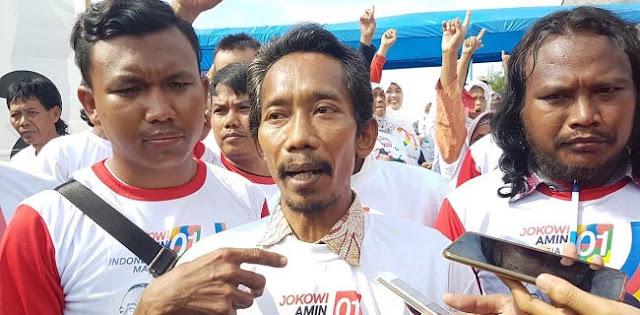 Merasa Satu Profesi, Ratusan Tukang Kayu Dukung Jokowi-Maruf
