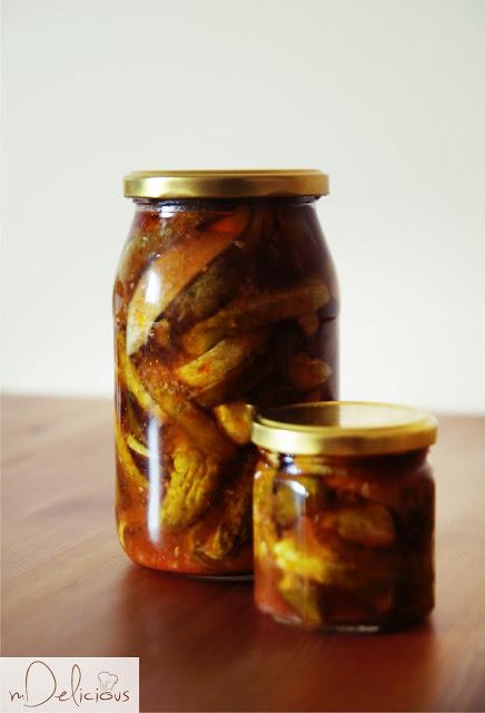 ogórki z chili, ogórki na ostro, ostre ogórki, zaprawy, zaprawianie ogórków, letnie zaprawy, ogorki z chili, ogórki z czosnkiem i chili