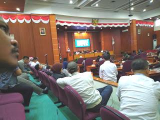 DPRD Kota Depok Kembali Gelar Rapat Paripurna Dipimpin langsung Oleh Ketua DPRD Hendrk Tangke Allo.