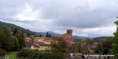 Manglieu, le village, église, auvergne, puy de dôme, abbatiale,