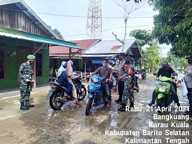 Gelar Pendisiplinan Prokes, Satgas Ops Yustisi Karau Kuala Sosialisasikan Prokes 5M