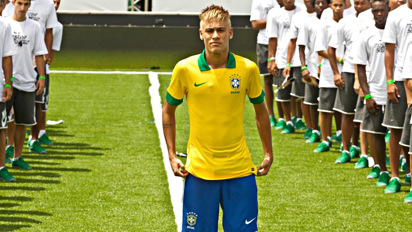 0097d52380 Esporte   Ação  seleção apresenta nova camisa para Copa das ...