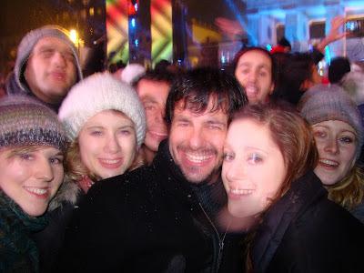 Com alemãs no Reveillon de Berlim