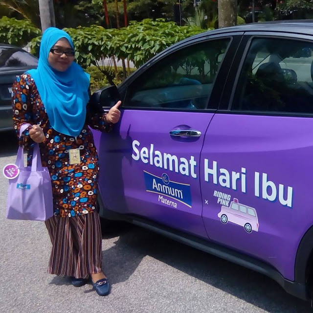 Riding Pink - Malaysia's First Women-Only Transportation System!