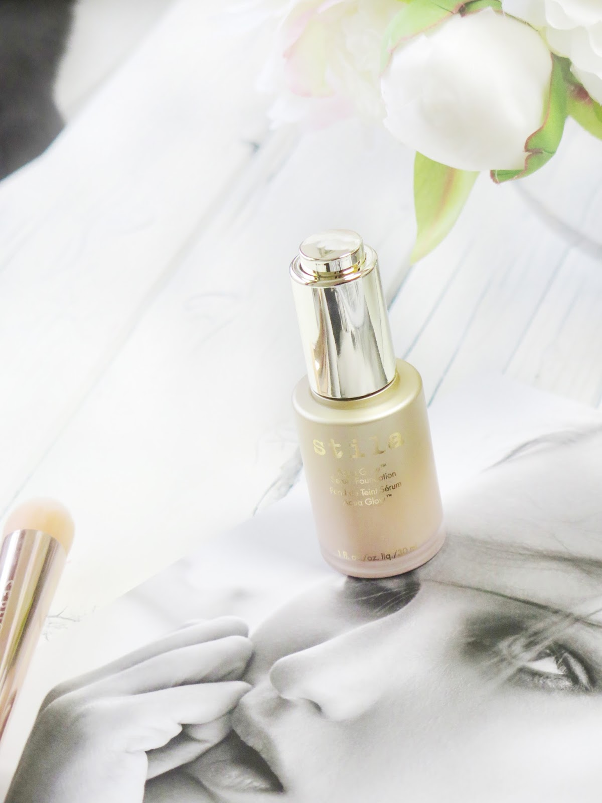 Want a serious glow? | Stila Aqua Glow Serum Foundation | Review & Swatches | labellesirene.ca