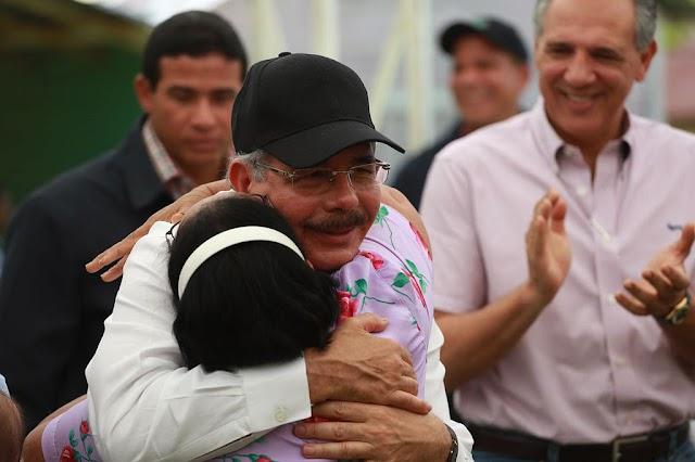 Presidente Medina visitará mañana San Juan, por muerte de su segunda madre