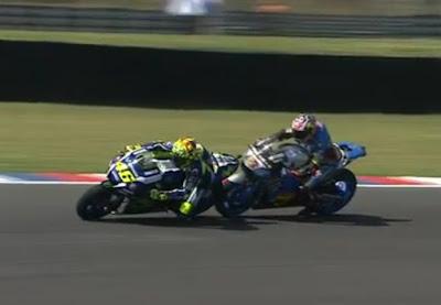 Tercepat Keempat di Hari Pembuka GP Argentina, Miller Hampir Seruduk Rossi