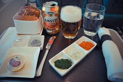 エティハド航空 ビジネスクラス 食事