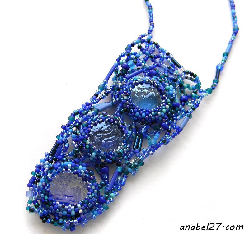 freeform beadwork beading jewelry blue necklace pendant beadwork