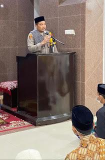 Safari Ramadhan, Kapolres Pelabuhan Makassar berikan Ceramah di Masjid Al fajrin Melayu