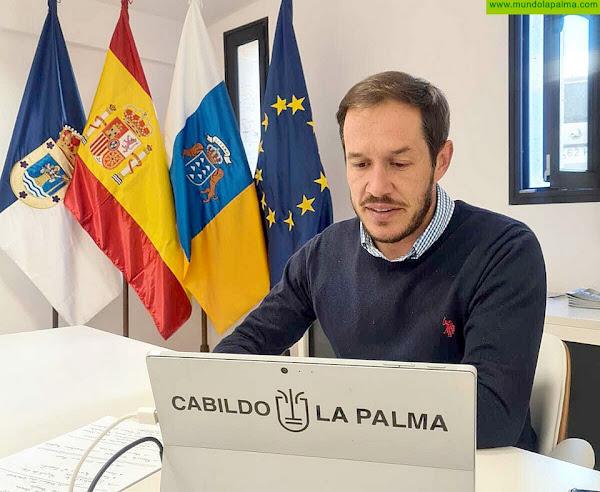 El presidente de la Fecai pide al Gobierno de Canarias seguir trabajando para paliar el sobrecoste del combustible en las islas verdes