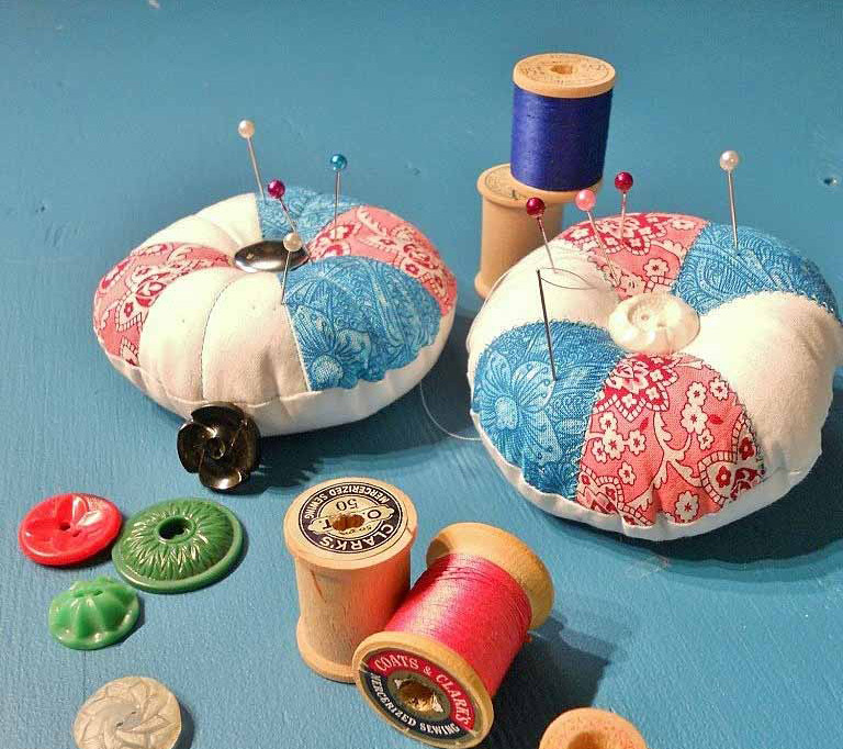 DIY Pincushion Tutorial & Pattern