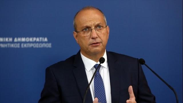 Κυβερνητικός εκπρόσωπος: Η κοινωνία δεν μπορεί να παραμένει όμηρος των αρνητών – Ποια μέτρα θα ανακοινωθούν αύριο