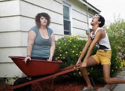 lustige Bilder von dünnen Menschen Muskelaufbau