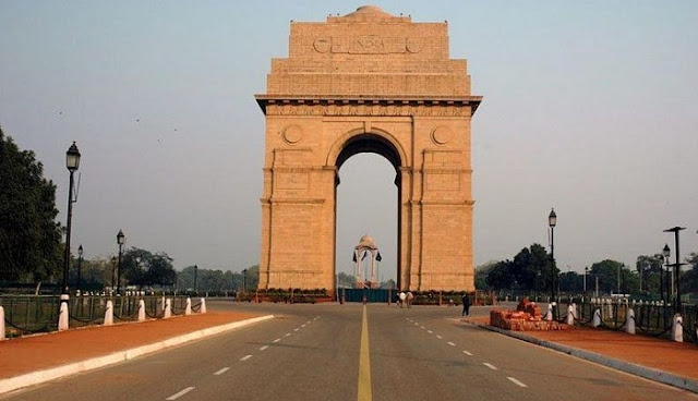 India Gate, Best Places to Visit in Delhi