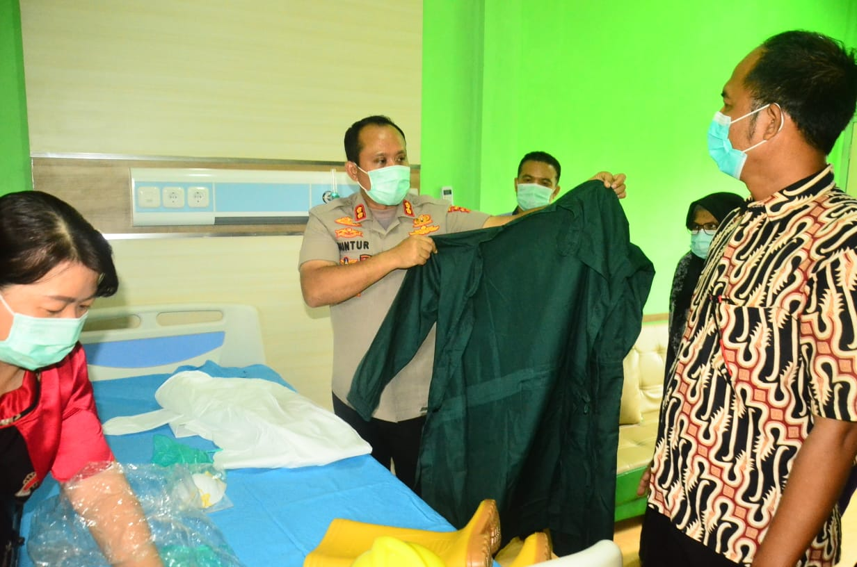 Kapolres Tanjab barat Laksanakan Kegiatan Pengecekan Dan Koordinasi Kesiapsiagaan Tim Satgas Aman Nusa II- Tanjab Barat