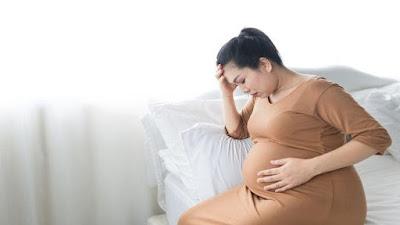 gerakan bayi dalam perut