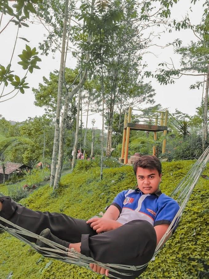 Distinasi Wisata Alam Bukit Kacapi
