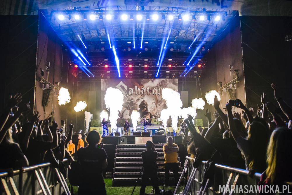 Sabaton crowd stage scena publiczność Czad Festiwal pyro