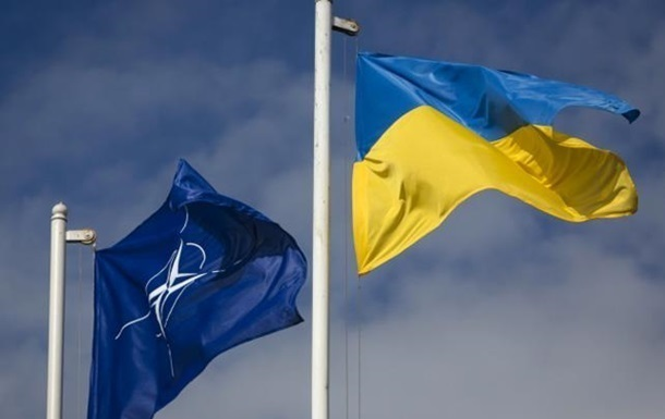 Україна візьме участь в саміті НАТО