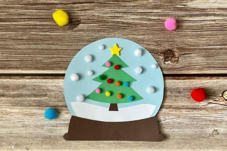 Christmas tree snow globe craft
