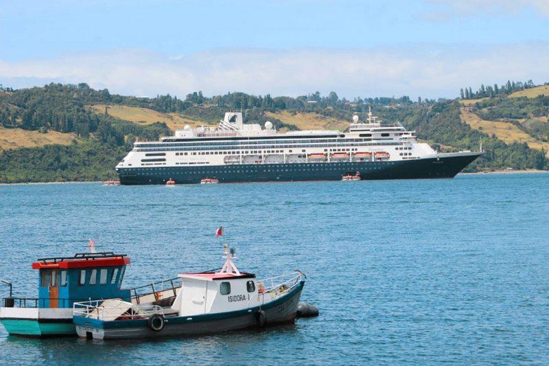 Crucero quedó en cuarentena en Castro por caso positivo de Covid-19