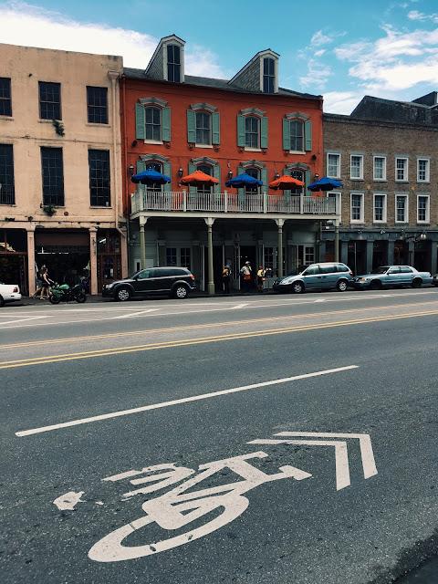 new orleans, new orleans street, new orleans buildings, lauren banawa