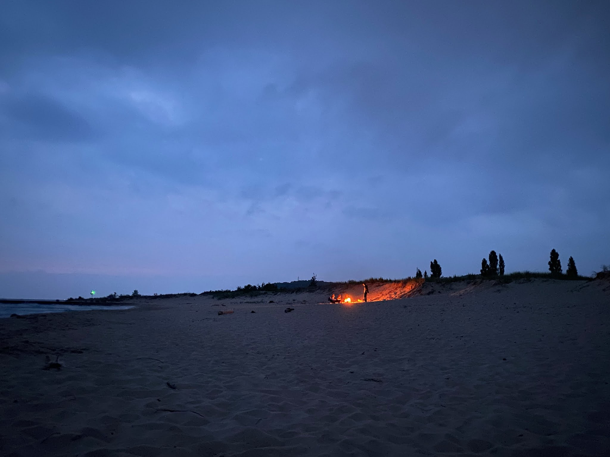Summer Bonfire | www.biblio-style.com