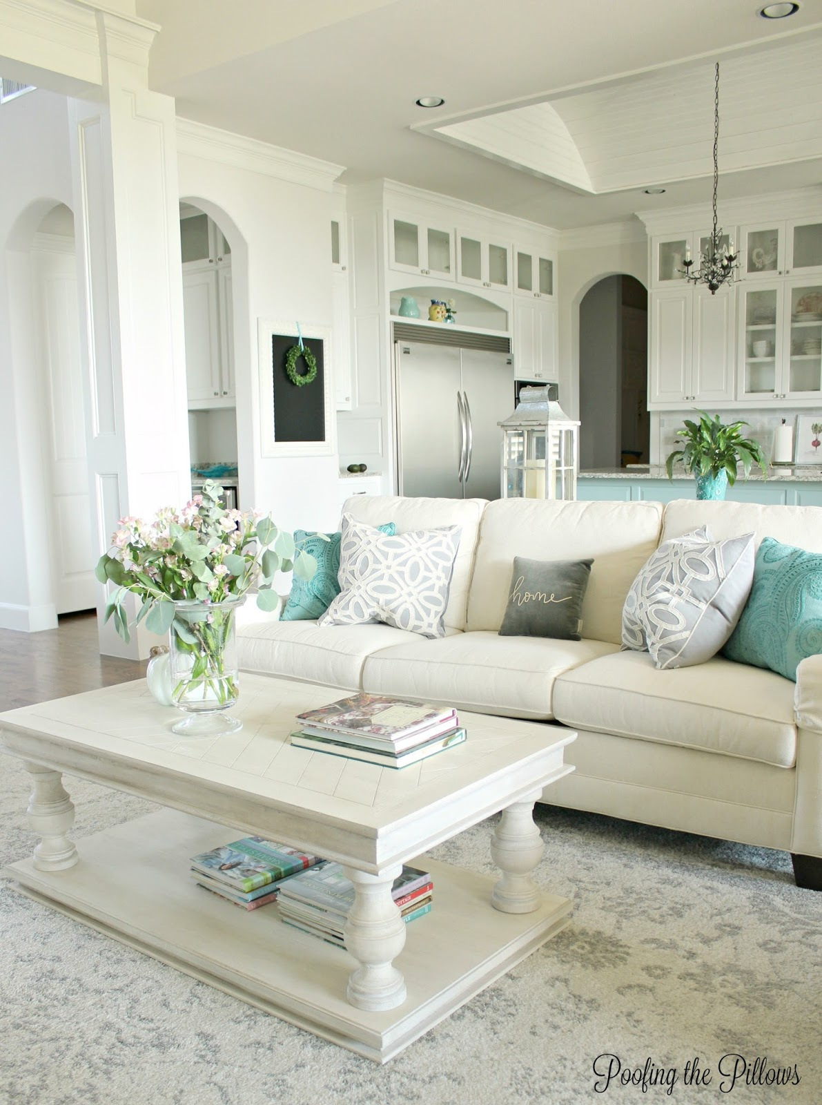Home Tour | Poofing the Pillows