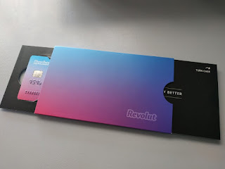 Revolut packaging