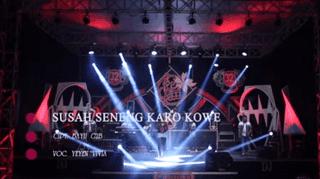 Lirik Lagu Susah Seneng Karo Kowe (Dan Artinya) - Yeyen Vivia