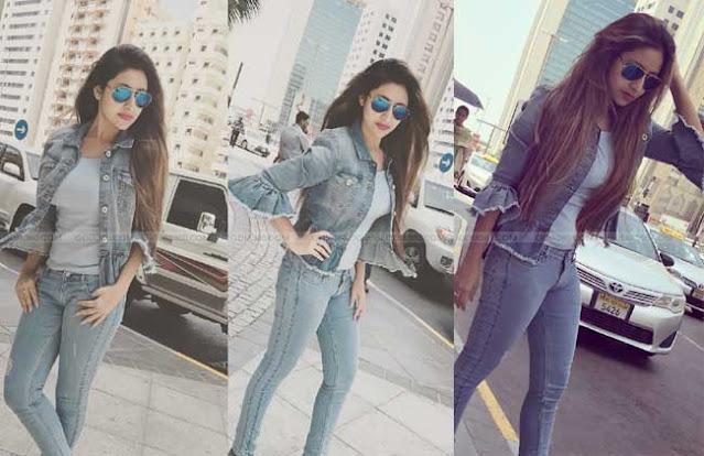 debjani_deghuria_hot_sexy_look