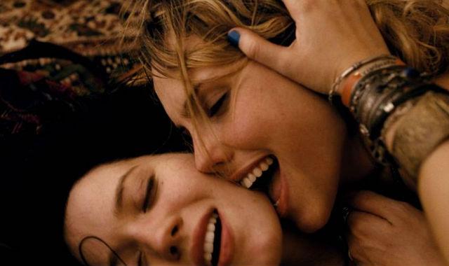 filmes pirno jovens lesbicas