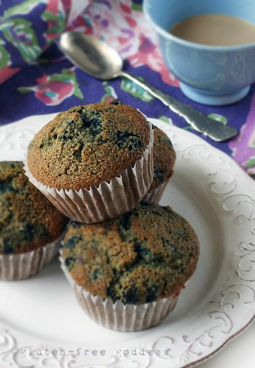 Gluten-Free Blueberry Muffins without xanthan gum from Karina #glutenfree