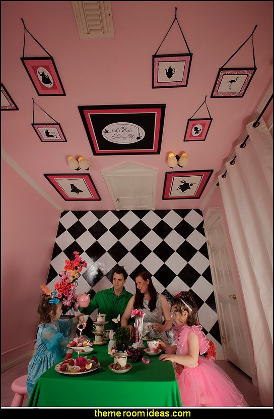 Alice in Wonderland bedroom ideas- alice bedrooms Alice in Wonderland Tea Party,