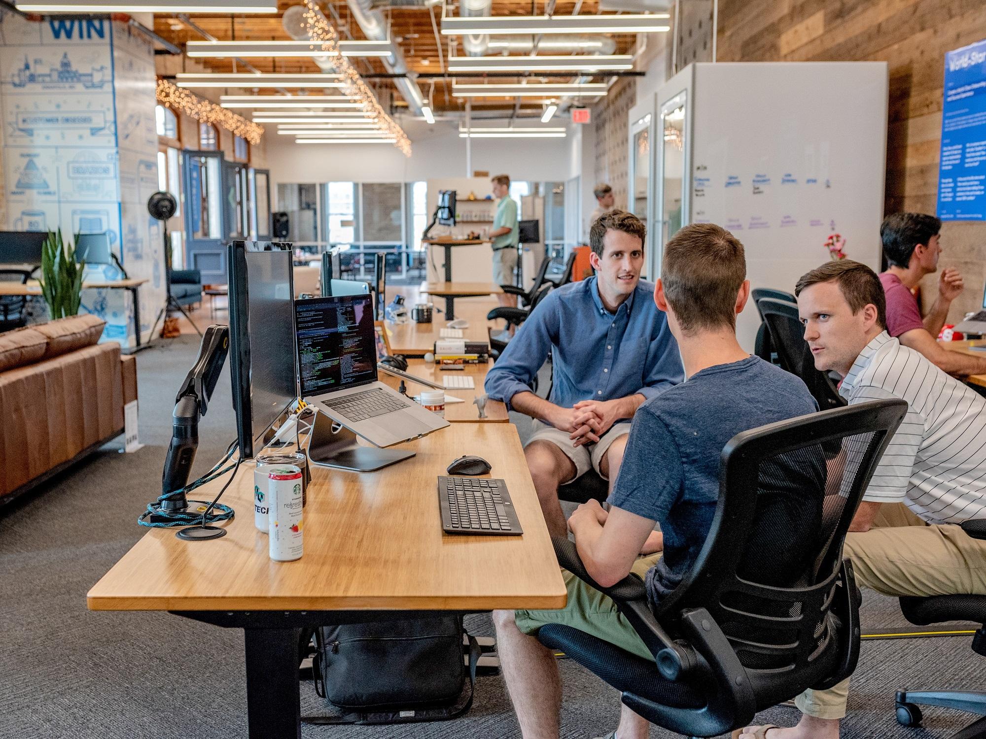 Pourquoi utiliser un logiciel de gestion des ressources humaines pour votre agence de marketing ?