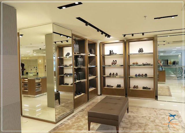Salvatore Ferragamo na SAX Department Store