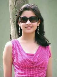 Happy Indian Girl Images, Simple Girl Image Photos, Cute Kerala Baby Girl Images