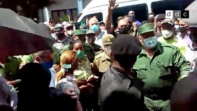 Dice Ramiro Valdés que el pueblo de Santiago de Cuba son unos malagradecidos y que ahí no vuelve más