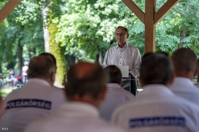 Ismét Túrós Andrást választották az Országos Polgárőr Szövetség elnökévé