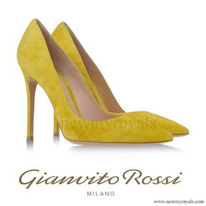 Princess Mary wore Gianvito Rossi Pumps in Yellow